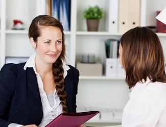 mujeres entrevista de trabajo